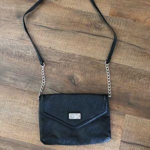 Black leather Nine West purse